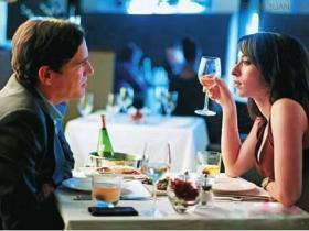 和女生相亲见面怎么避免冷场,聊天不冷场的方法