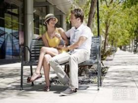 和相亲的女生聊天时怎么避免冷场?