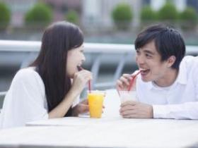 和相亲女生聊天老回嗯 该怎么聊?