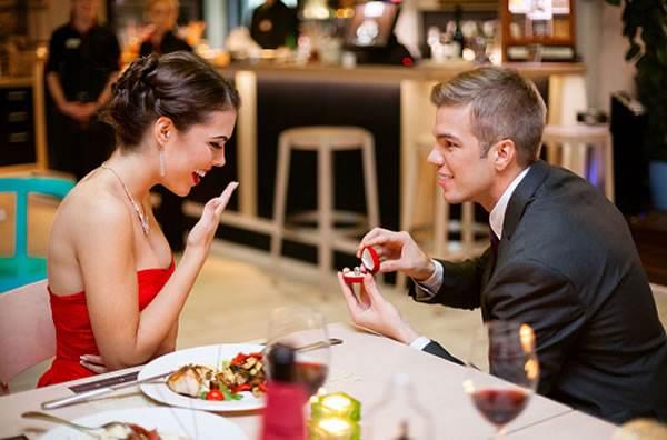 新年相亲后和女生短信聊天话题