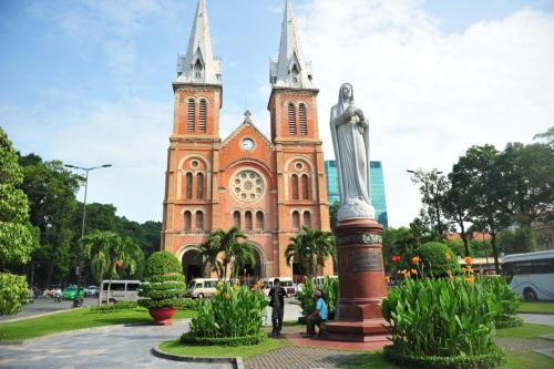 越南相亲网靠谱吗,4000元能买个越南老婆?