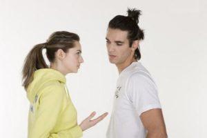 第一次男生相亲吃饭聊什么?聊什么不会尴尬?