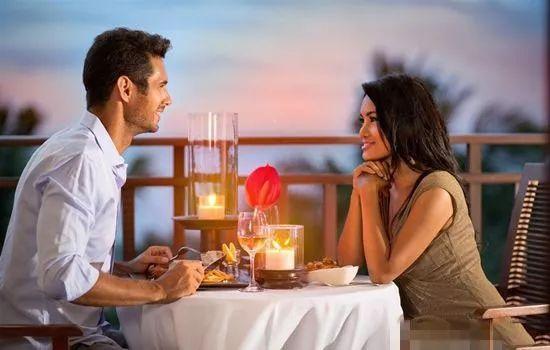 红娘支招:女生相亲时的聊天技巧